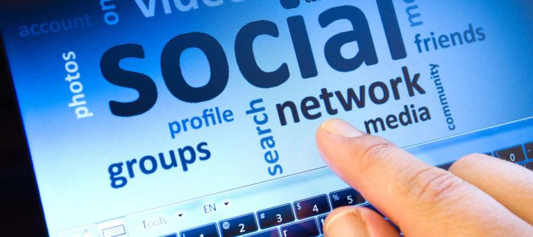 Mạng xã hội trở thành mục tiêu của cộng đồng tin tặc
